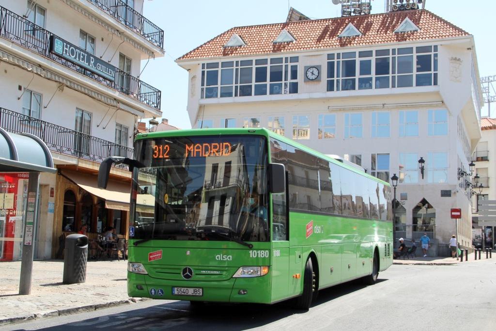 """A partir del 13 de agosto se pondrá en marcha el nuevo servicio de """"Parada a demanda"""" en la línea de autobuses N-303"""